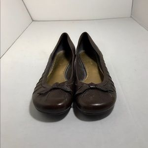 Gianni Bini Brown Leather Flats